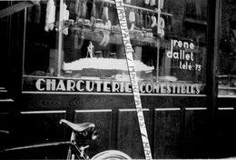 76 SAINT VALERY EN CAUX ??? 2 PHOTOS / 1945 - 1965 / CHARCUTERIE ROUENNAISE DALLET / OLIDA / MAQUETTE PAQUEBOT NORMANDIE - Saint Valery En Caux