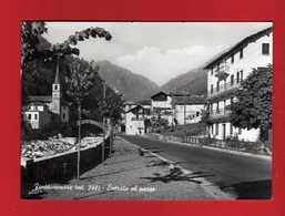 FONTAINEMORE - ENTRATA Al PAESE .  Viaggiata 1964.   Vedi Descrizione - Italia