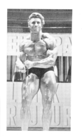 PHOTO HOMME  EN MAILLOT DE BAIN CULTURISME CULTURISTE    FORMAT 12 X 7 CM - Sports