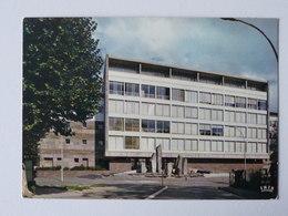 CLERMONT FERRAND L'Ecole Des Impôts - Clermont Ferrand