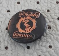 Chess Club Radnicki Kikinda échecs Ajedrez Schach Scacchi Serbia Ex Yugoslavia Pin - Badges