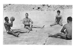 PHOTO HOMME EN MAILLOT DE BAIN CULTURISME CULTURISTE  FORMAT  11 X 7 CM - Sports