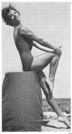 PHOTO  FEMME MAILLOT DE BAIN  BORD DE MER FORMAT 10 X 5.50 CM - Pin-Up