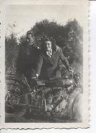 PHOTO - MOTO AVEC 2 PERSONNES - - Motorbikes
