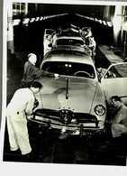 Voitures...ford...file D'assemblage De L'usine De Dearborn...michigan...1950 - Lieux