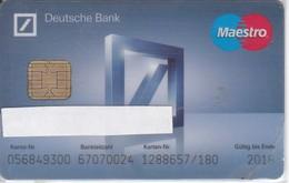 TARJETA DE BANCO DEUTSCHE BANK (CREDITCARD-BANK-VISA) (CHIP-PUCE) - Phonecards