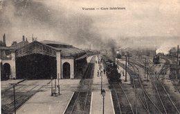 """2911 Cpa  Vierzon - Gare Intérieure """" Train """" - Vierzon"""