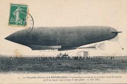 CPA - France - Thèmes - Transports - Dirigeable Militaire - La République - ....-1914: Precursori