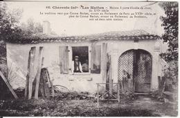 CPA 17 -- LES MATHES -- Maison à Porte Blindée De Clous Du XV° Siècle - Les Mathes