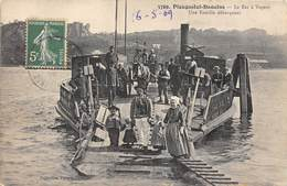 29-PLOUGASTEL-DAOULAS- LE BAC A VAOEUR , UNE FAMILLE DEBARQUANT - Plougastel-Daoulas