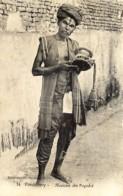 Inde - Pondichery - Musicien Des Pagodes - Inde