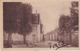 CP1 - 60 - LES LOGES-EN-JOSAS - PLACE DU MONUMENT - France
