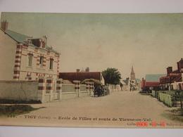 C.P.A.- Tigy (45) - Ecole De Filles Et Route De Vienne En Val - 1925 - SUP (BH84) - France