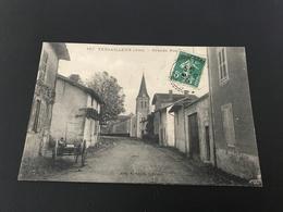 187 - VERSAILLEUX Grande Rue - 1910 Timbrée - France