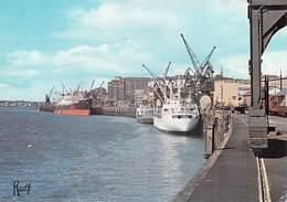 [44] Loire Atlantique -NANTES Vue Sur Le Port  (- Editions Chapeau 1239 / ROOY)* PRIX FIXE - Nantes