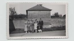 PHOTO D UNE FAMILLE HAUTEVILLE 1938 11 X 7 CM - Persone Anonimi