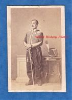 Photo Ancienne CDV Vers 1865 - MARSEILLE - Beau Portrait Officier à Identifier - Uniforme & Médaille - Napoléon III - Ancianas (antes De 1900)