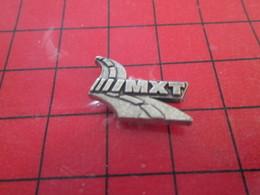 713c Pins Pin's  / Rare & Belle Qualité / THEME AUTOMOBILE : PNEUS MICHELIN MXT Par Pichard Saumur - Pin's