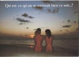 CPM - PIN UP - FEMMES DENUDEES Au Bord De L'eau  - Edition Vacances - Pin-Ups