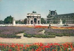 Paris (Parigi, Francia) Le Carrousel, Le Jardin Des Tuileries - Autres Monuments, édifices
