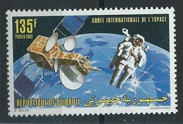 1992Djibouti573Astronaut / Satellite - Space