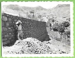 S. Domingos - REAL PHOTO - Construindo Um Muro De Suporte - Cabo Verde - Cape Verde