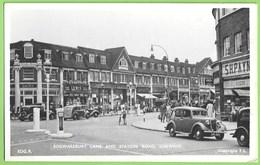 London - Edgware - Edgwarebury Lane And Station - Store - Old Cars - Voitures - England - Londen - Buitenwijken