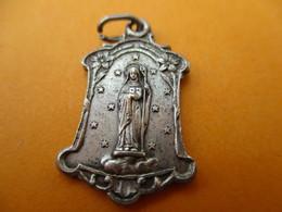 Médaille De Chaînette / SAINTE ODILE/Bronze Estampé Nickelé / /Vers 1920-1950     CAN768 - Religion & Esotérisme