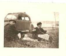 Snapshot - 2cv - Route De SENS - Pique Nique - Vintage - Automobile