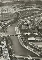 Paris (Parigi, Francia) Vue Aerienne: La Seine, La Tour Eiffel, Grand Et Petit Palais, Veduta Aerea, Aerial View - Tour Eiffel
