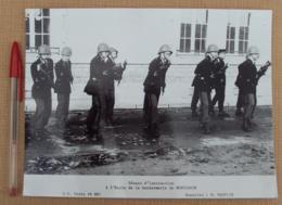 215, Militaria Gendarmerie Gendarmes Gendarme, Ecole De Gendarmerie De Montlucon Séance D'Instruction - Guerre, Militaire