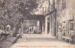 Var - Porquerolles - Le Grand Trottoir Et La Place D'Armes - Porquerolles