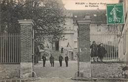 77 Melun Hopital Et Hospice Des Vieillards Cpa Carte Animée - Melun