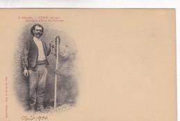USTOU, ARIEGE. DOMPTEUR D'OURS DES PYRENEES. SAINT GIRONS. CIRCA 1904s - BLEUP - People