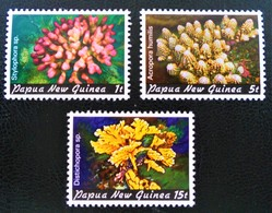 CORAUX 1982 - NEUFS ** - YT 438/40 - Papua Nuova Guinea