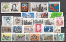 BERLIN.  Verschiedene Briefmarken MNH - Lot BCHPG - [5] Berlin