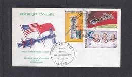 Togo 1975 850 PA 259-60 FDC Espace Apollo Soyouz Cosmonautes Drapeaux - Togo (1960-...)