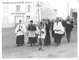 63 - SAINT SAUVES - FÊTE RELIGIEUSE - HÔTEL DE LA POSTE - PHOTOANCIENNE (18 X 24 Cm) - PHOTOGRAPHE. RICHARD Du MONT DORE - France