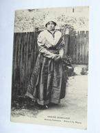 Le Grand Bornand - Anciens Costumes - Allant à La Messe - Carte Rare 74 Haute Savoie - Other Municipalities