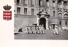 Principauté De MONACO - La Relève De La Garde Devant L'Entrée Du Palais - Blason - Palacio Del Príncipe