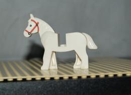 Lego Cheval Blanc Yeux Noirs Bride Rouge Ref 4493c01pb04 - Lego Technic