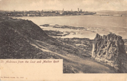 R055067 St. Andrews From The East And Maiden Rock. Wrench. 1908 - Postkaarten