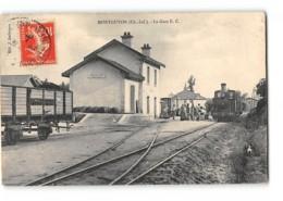 CPA 17 Montguyon La Gare Et Le Train Tramway - France