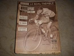 MIROIR SPRINT 725 25.04.1960 CYCLISME PARIS BRUXELLES EVERAERT FOOT REAL MADRID - Sport