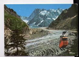 U4445 Cartolina CHAMONIX MONT BLANC - LE TELEPHERIQUE DE LA MER DE GLACE - Funiqulaire, Seilbahn, Funivia, + NICE TIMBRE - Italia