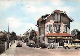 52-SAINT-DIZIER- RUE ANATOLE FRANCE - BAR SUZANNE - Saint Dizier