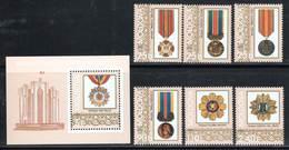 MOLDAVIE - N° 272/77 + Bloc N°21 **  (1999) Médailles - Moldova
