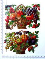 2   CHROMOS DECOUPIS  GAUFRES.....L : 12 Cm......CORBEILLES DE FRUITS - Découpis