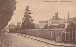 Nonancourt.  (Eure)   Place Alsace-Lorraine.---  Petit Manque Au Dessus  à Droite --     Scan - Autres Communes