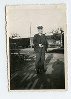 Homme Man Postier Ptt ? Train Sncf ? Portrait Uniforme Casquette Ombre Shadow 40s - Persone Anonimi